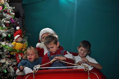2011 Santa Photo 038