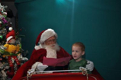 2011 Santa Photo 031