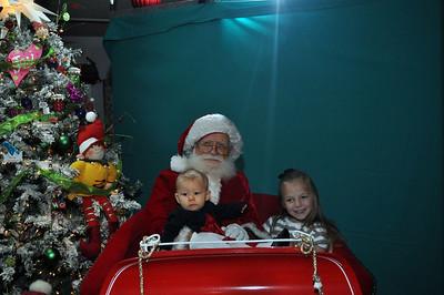 2011 Santa Photo 015