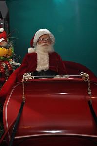 2011 Santa Photo 011