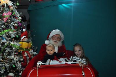 2011 Santa Photo 014