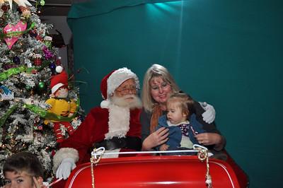 2011 Santa Photo 046