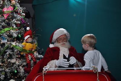 2011 Santa Photo 018