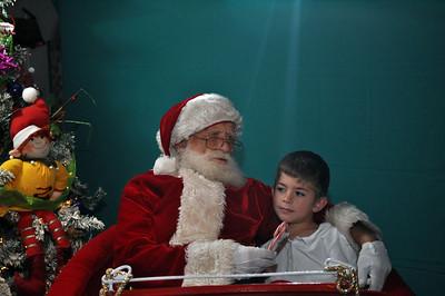 2011 Santa Photo 035