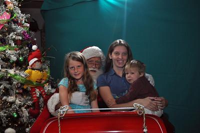 2011 Santa Photo 023