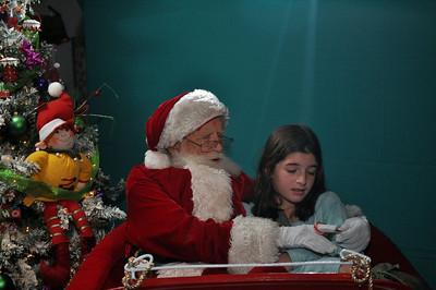 2011 Santa Photo 041