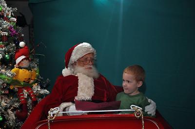 2011 Santa Photo 032