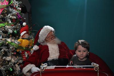 2011 Santa Photo 049