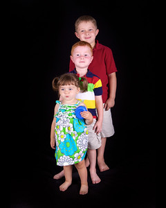 Larry Howell Family  ©2011 JR Howell. All Rights Reserved.  JR Howell 1812 37th Street Ct Moline, IL 61265 JRHowell@me.com