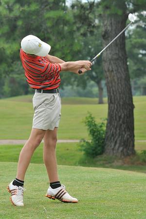 6 26 14 UL Golf Camp 271