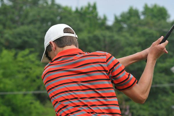 6 26 14 UL Golf Camp 315