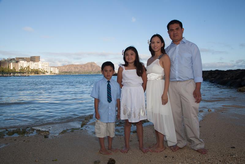 Nguyen Family-0005
