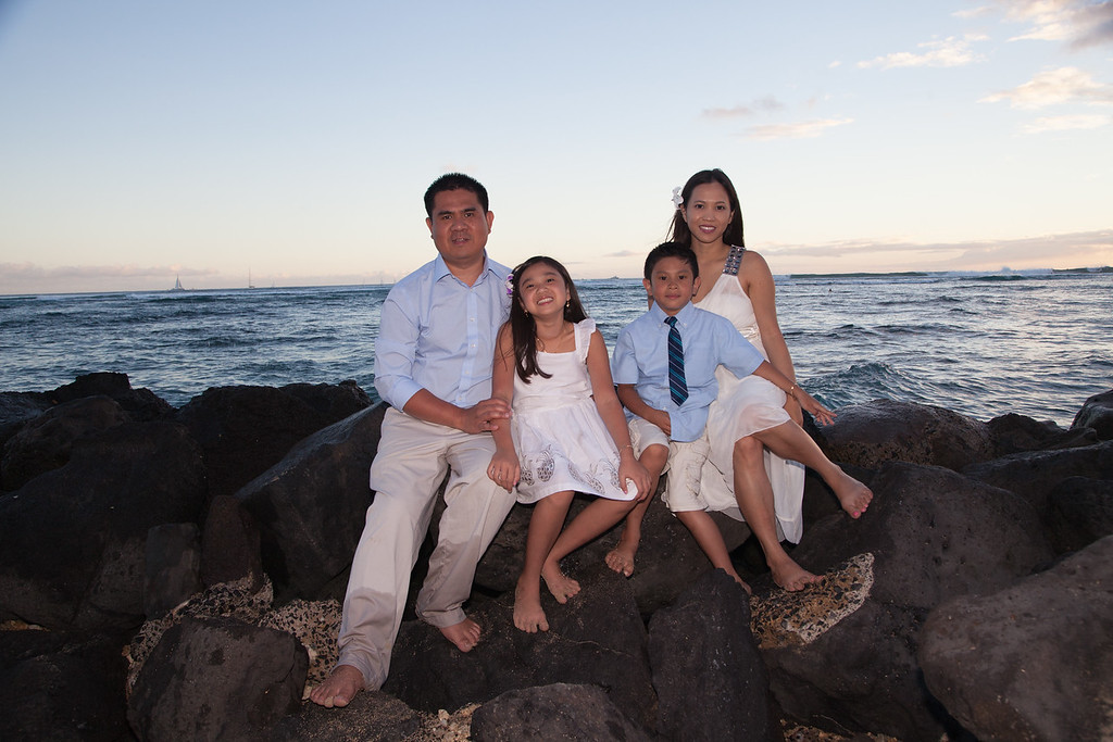 Nguyen Family-0234