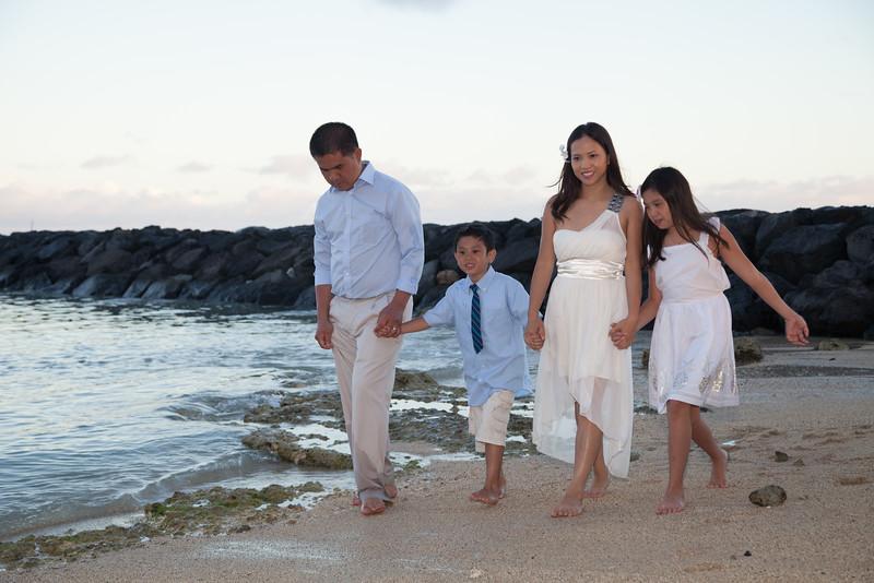 Nguyen Family-0250