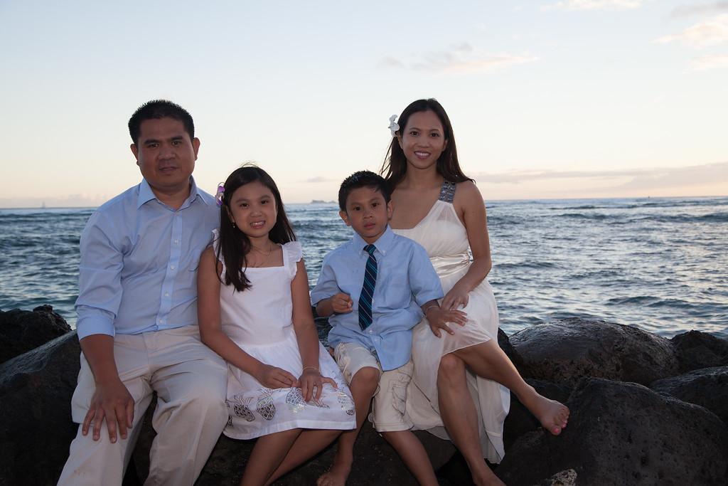 Nguyen Family-0242