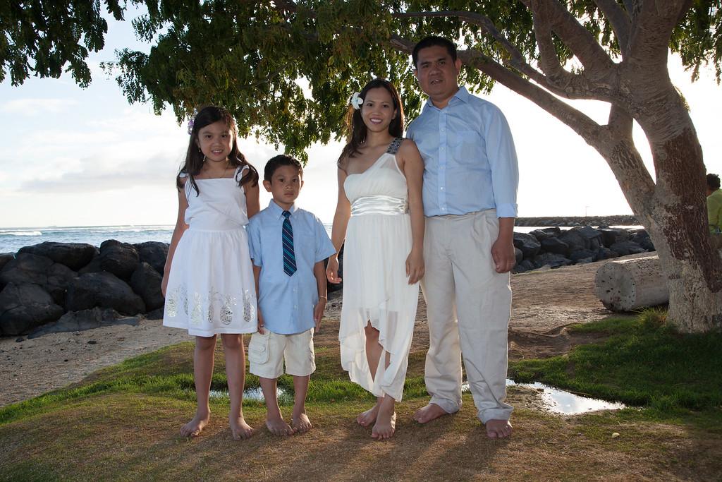 Nguyen Family-0044