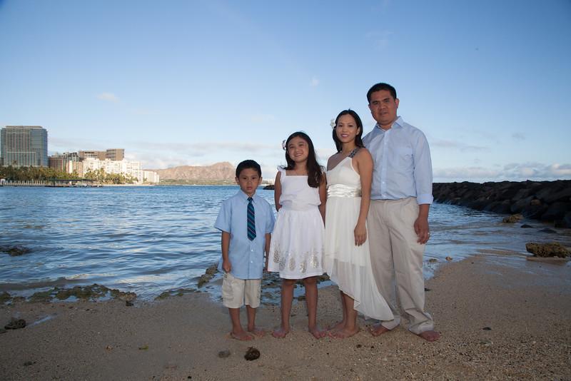 Nguyen Family-0006