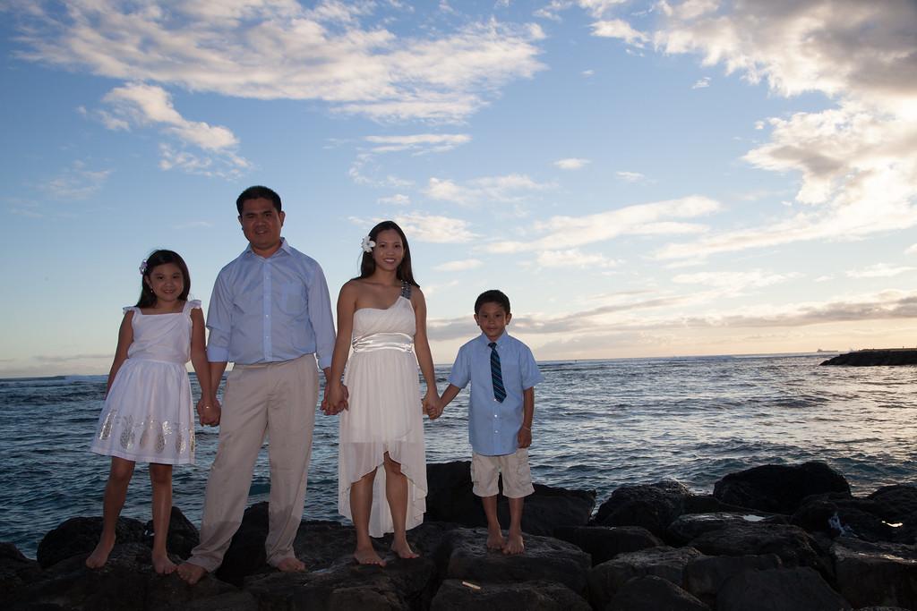 Nguyen Family-0162