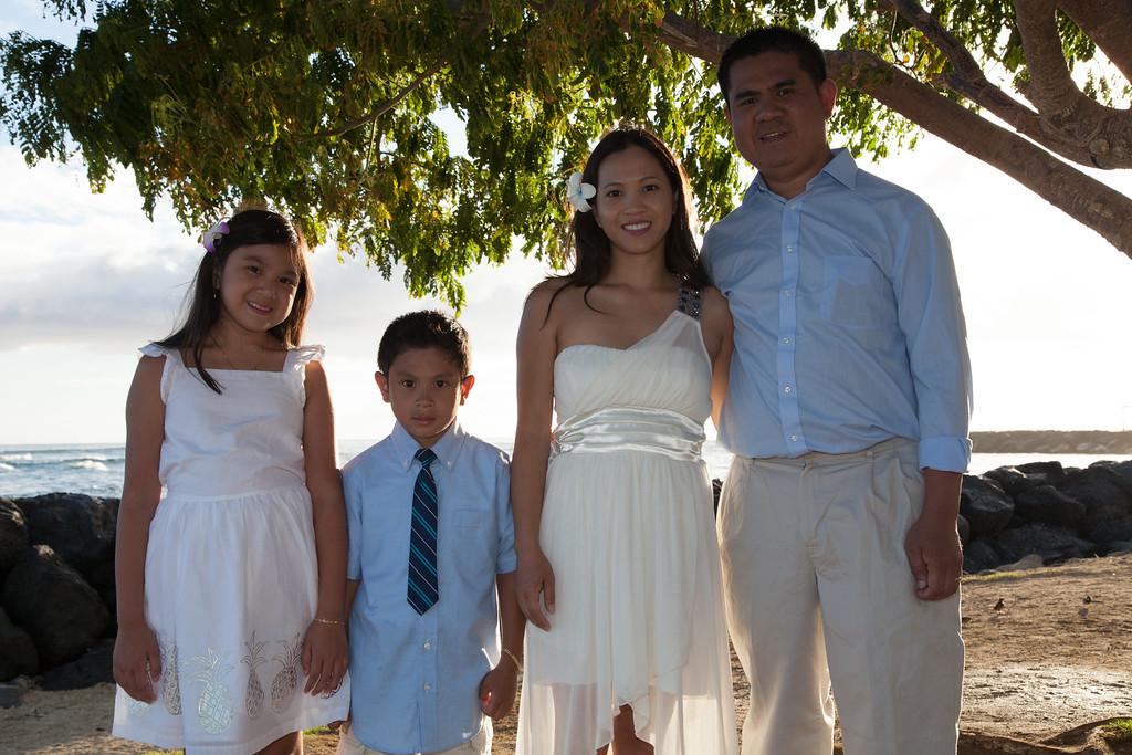 Nguyen Family-0035