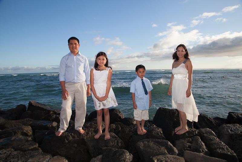 Nguyen Family-0027