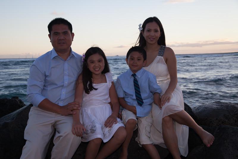 Nguyen Family-0232