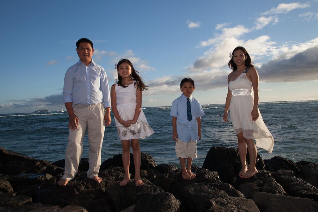 Nguyen Family-0025