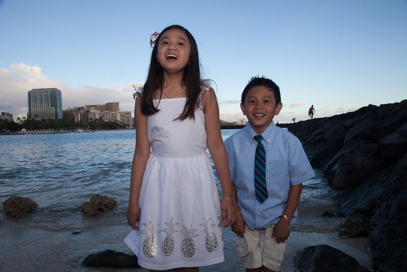 Nguyen Family-0144