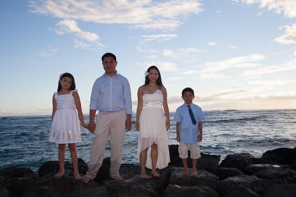 Nguyen Family-0160
