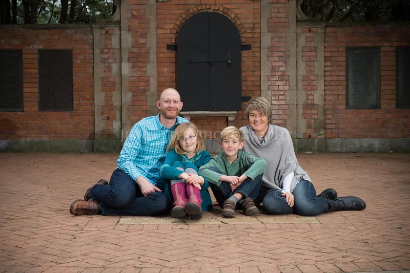 0047_A VanTil Family