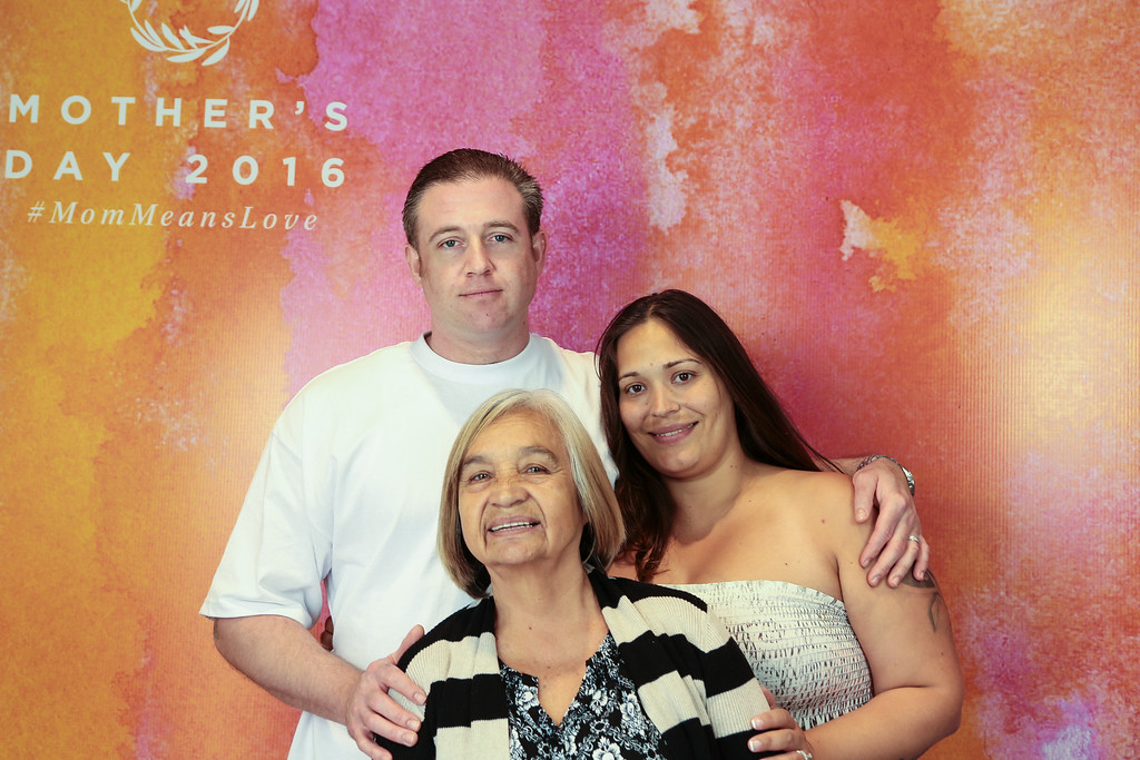 2016-05-08 Mother's Day Portraits