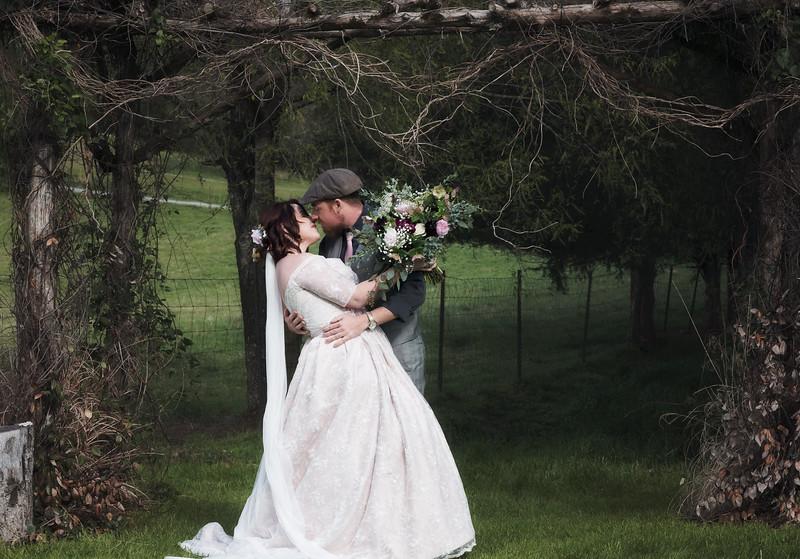 2018-Josh-and-Brittany-Wedding-215