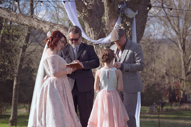 2018-Josh-and-Brittany-Wedding-335
