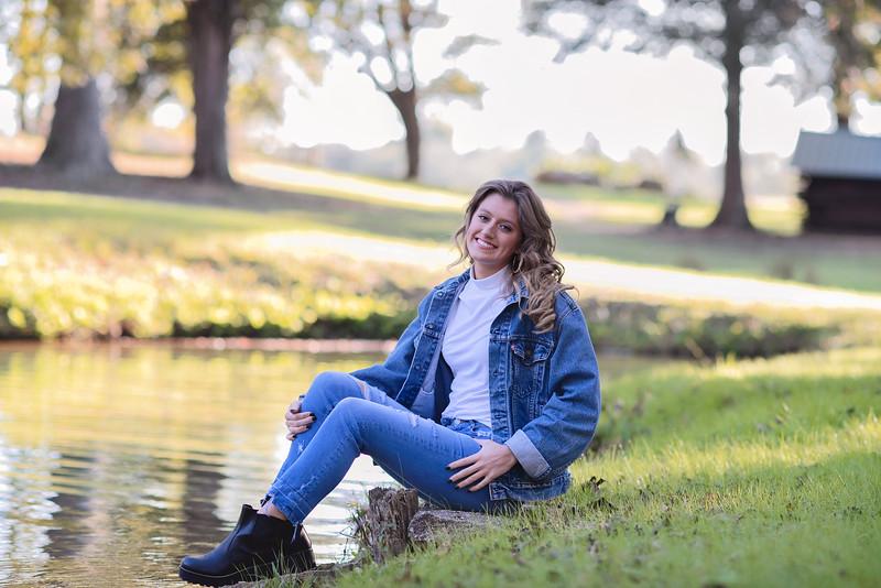 2019-Senior-Callie-28