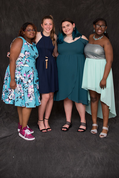 8thgradedance2019-8021