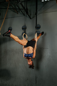 Adrienne Calleja Crossfit Invasion Shoot. Photo Credit: Chris Bergmann Photography