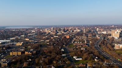 Syracuse 2017-12-03 _0024 LOGO