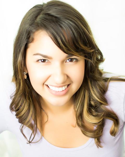 Alessandra Feliciano - Soprano
