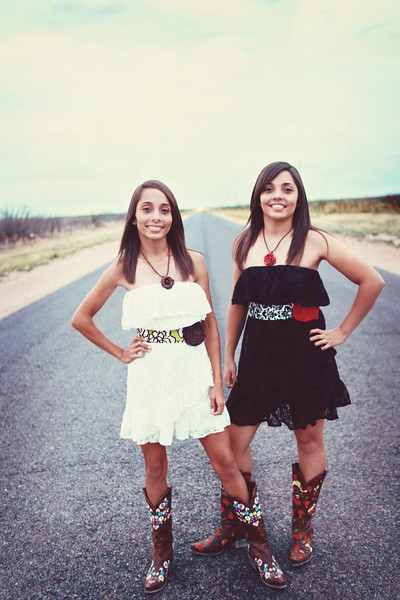 Alicia & Gabby Muniz