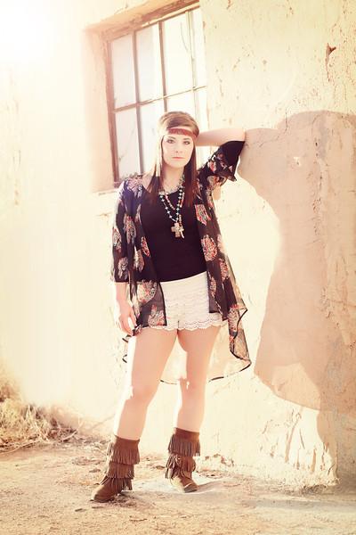 Alicia Groves