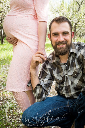 wlc Alicia and Mike Maternity  9 2018