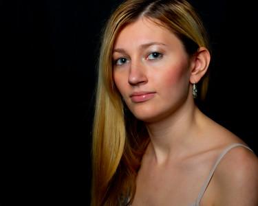 Amanda Bare Shoulder