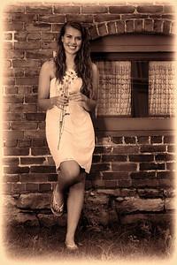 Arianna IMG_7817 warm tone 3 edge   vintage