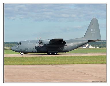 RCAF-C130-2