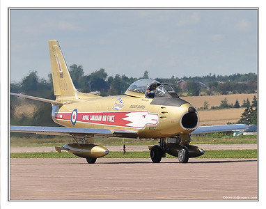 RCAF-F86Sabre-1