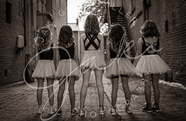 dancersbw-4