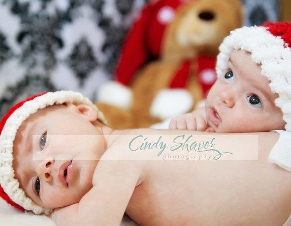Twins Christmas by Huntsville Newborn Photographer