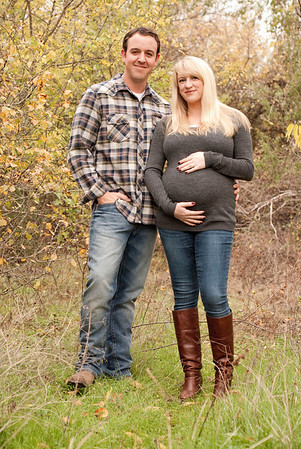 Tyler and Ashlee Maternity