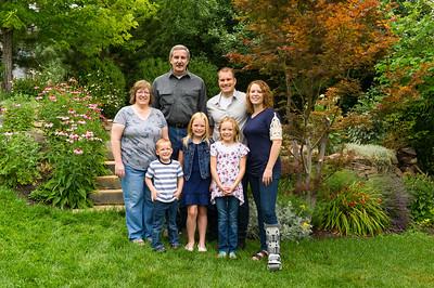 AG_2018_07_Bertele Family Portraits__D3S3798-2