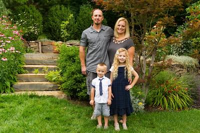 AG_2018_07_Bertele Family Portraits__D3S3783-2