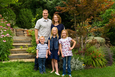 AG_2018_07_Bertele Family Portraits__D3S3818-2